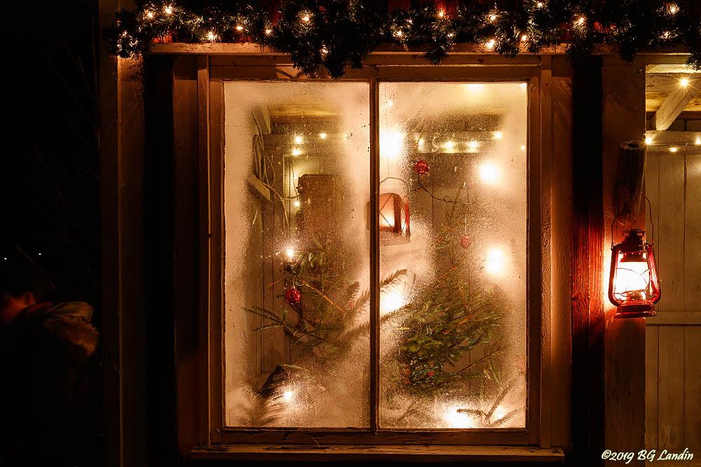 Julgranen är pyntad i Tomtebo (2018)