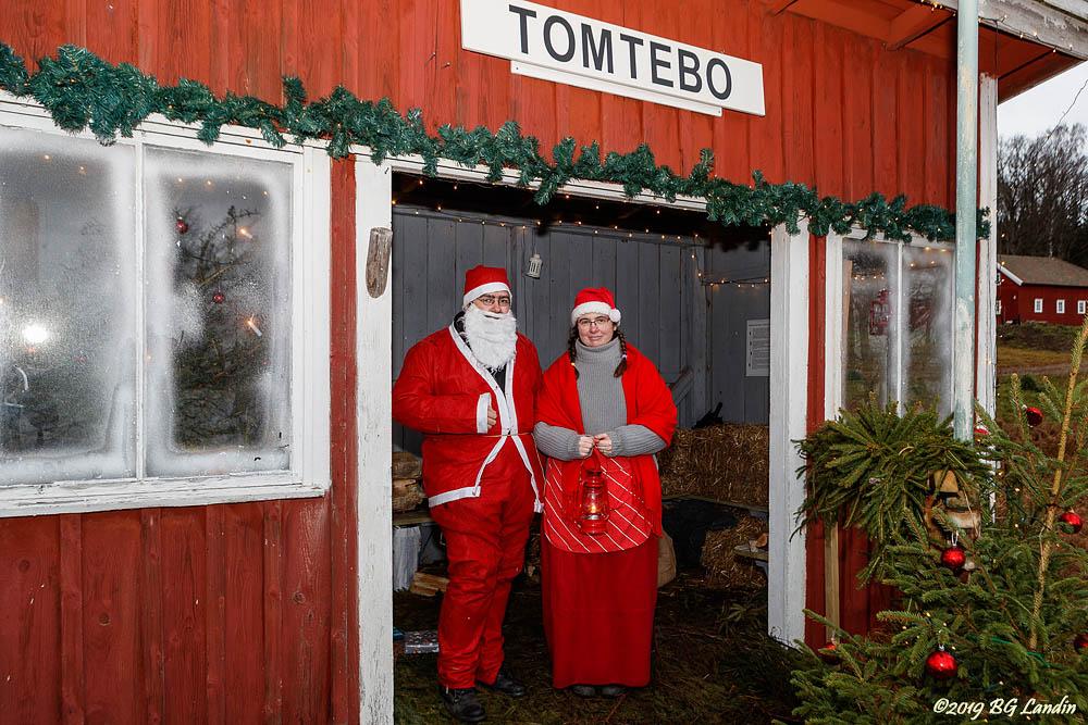 Tomtemor och Tomtefar i Tomtebo (2018)